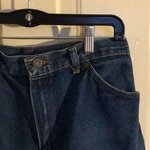 Vintage WRANGLER high-waisted jean shorts!